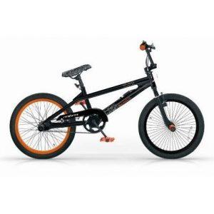 Bici BMX con reposapiés
